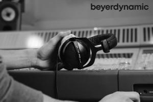 Beyerdynamic DT 770 PRO width=
