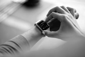 DZ09 Smartwatch Comparison width=